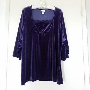 Jaclyn Smith Stretch Velvet Top
